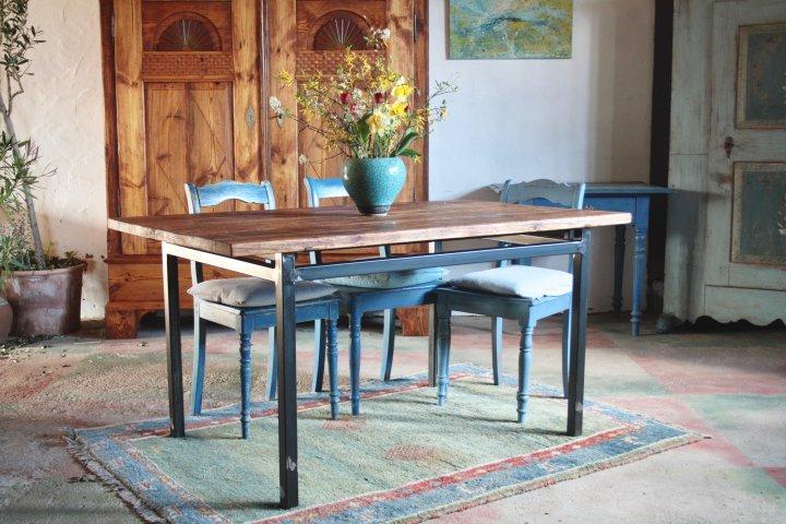 Tische und Stühle | Antike Möbel Wiemann Eyendorf